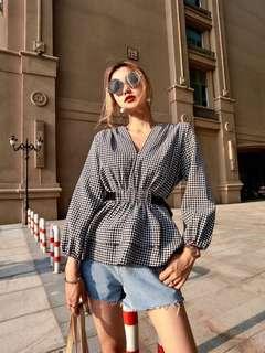 2018 Waist Drawstring Waist Check Shirt V-Neck Lantern Sleeve Top