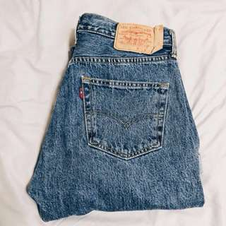 URBAN OUTFITTERS VINTAGE LEVI'S JEANS 501/505 BNWT NEVER WORN