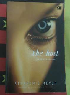 Novel The Host / Sang Pengelana by Stephenie Meyer