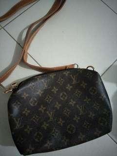 BN Lv Sling Bag