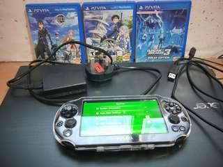 Ps Vita with WIFI + three games