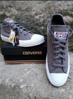 Converse classic