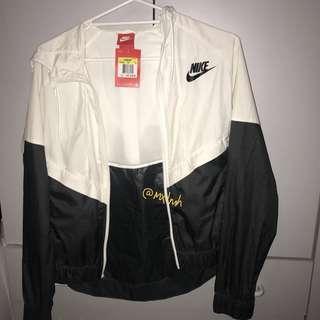 New NIKE windrunner jacket