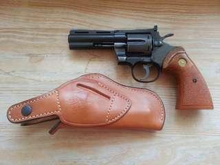 TANAKA 左輪+真皮槍袋