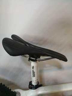 Specialized lady saddle