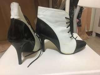 Blacks nd white boots