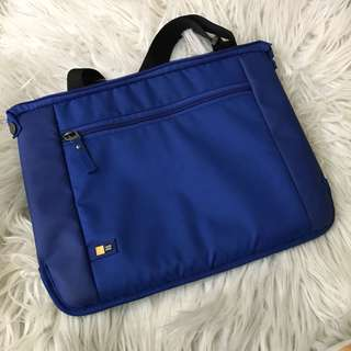 Authentic Case Logic Laptop Bag 11-13 inch