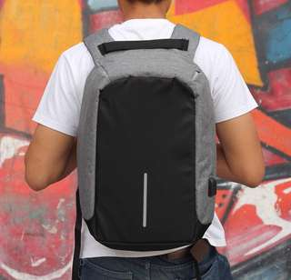 USB / Anti-Theft Bagpack