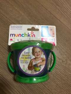 Munchkin 嬰幼兒 零食杯