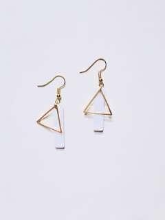 Heather shell geometric earring
