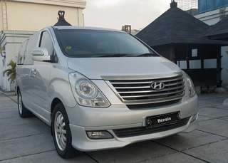 Hyundai H1 Royal 2.4 AT bensin 2013 silver