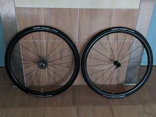 Enve SES 2.2 Laced With Enve Carbon Hub