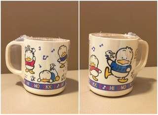 Sanrio Ahiru No Pekkle 鴨仔 1993 年 膠杯 (Made in Japan)  (全新未用過) 直徑 2.75 吋 (** 已變淡黃 **) (** 只限北角地鐵站交收 **)
