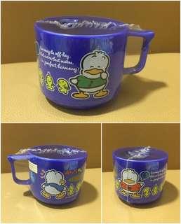 Sanrio Ahiru No Pekkle 鴨仔 1991 年 膠杯 (Made in Japan)  (全新未用過) 直徑 3 吋(** 只限北角地鐵站交收 **)