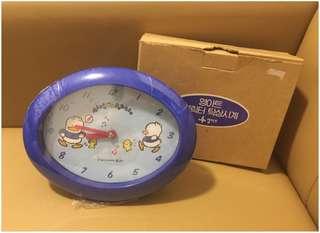 Sanrio Ahiru No Pekkle 鴨仔 1994 年 蛋型座枱鐘 (Made in Korea) 直徑 7.5 x 6 吋 (** 運作正常 ~ 鐘面透明音樂符號會隨著時間轉動 **) (** 只限北角地鐵站交收 **)