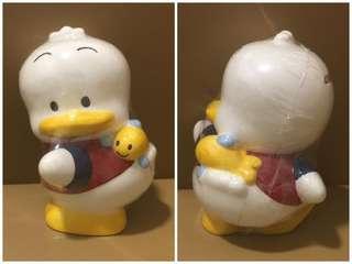 Sanrio Ahiru No Pekkle 鴨仔 陶瓷人形儲金箱 (Made in Thailand) 全新未用過 (6 吋高) (** 只限北角地鐵站交收 **)