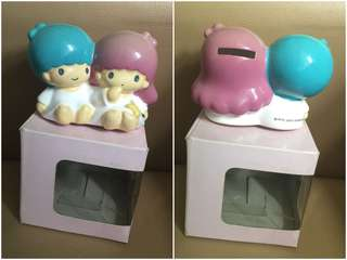 Sanrio Little Twin Stars 2003 年 人形陶瓷儲金箱 (全新未用過) 3.5 吋高 (** 公仔頭部有點淡了色 **) (** 只限北角 MTR 交收 **)