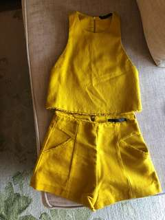 Mustard yellow co-ords (Zara Trafaluc)