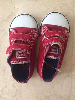 Levi's shoes US8 UK7 EU 25