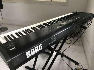 Korg TR Music Workstation 88 key