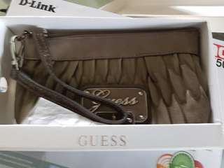 Guess Pouch