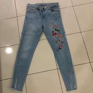 Authentic Zara Jeans size 36