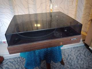 Rotel RP1500 turntable