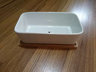 Rectangle white ceramic pot with drainage with wood base
