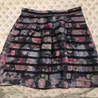 H&M Divided White Label Skirt *