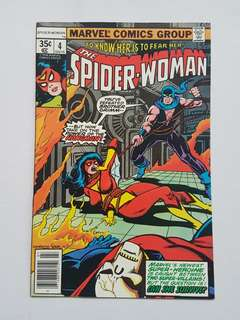 Marvel Comics Spider-Woman 4 Near Mint Condition Bronze Age