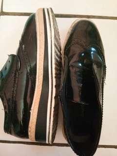 Sepatu Wedges merk Adorable J.J