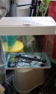金魚缸套裝包過滤器和暖管