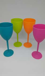 Unbreakable trendy coloured party glasses set of 4