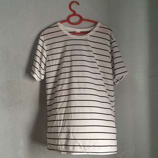 black and white striped TOP/ tee/ shirt