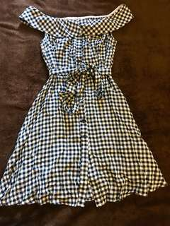 Bnwt gingham Off Shoulder Dress Size 10