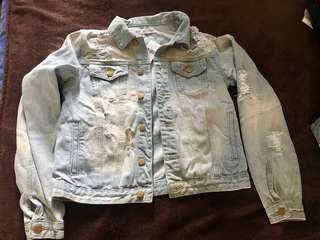 Bnwt fashion nova denim boyfriend jacket with rips size M