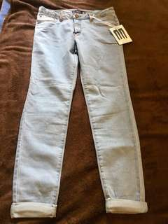 Bnwt fashion nova light blue jeans size 11