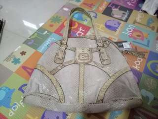 authentiic guess bag