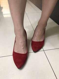 🚚 紅色 尖頭 舒適好穿 高鞋