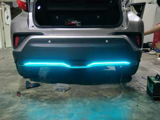 Rear CF bumper lip with icy lighting with installation