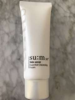 Su:m 37 essential cleansing foam 40ml