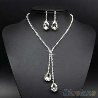 Wedding wear crystal waterdrop pendant necklace earrings set