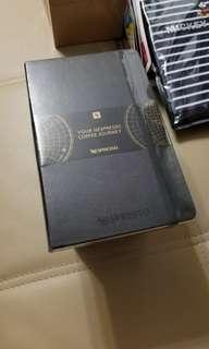 全新 Moleskin x Nespresso A5 notebook