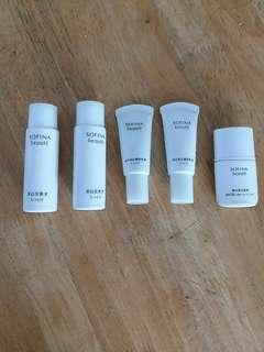 Sofina 美白化粧水及乳液