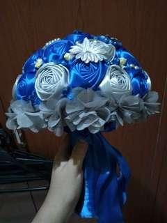 Bucket bunga cantik buat wedding