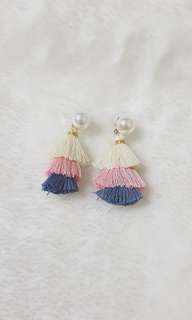 Kr Tricoloure Tasseled Pearl Earrings