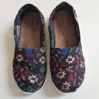Toms Shoes (Girls/Boys)
