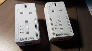 Aztech Homeplug AV 200Mbps Ethernet Adapter with AC passthrough