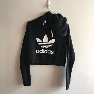 Adidas短版帽T