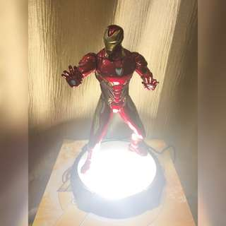 Marvel Avengers Iron Man: Infinity War Desk Collectible
